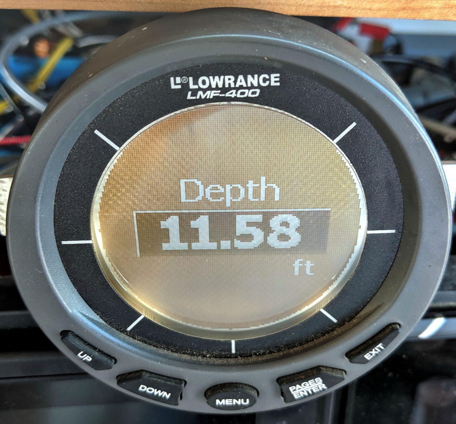 Lowrance LMF-400 showing NMEA 2000 Depth